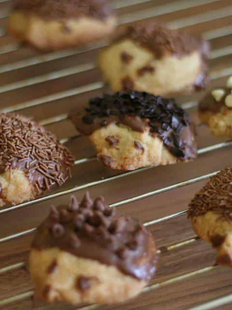 hedgehog biscuits