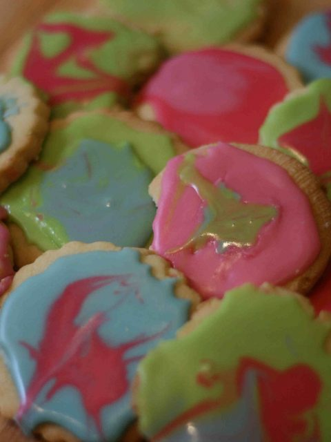 iced party biscuits