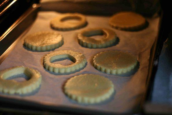 jammy heart biscuits