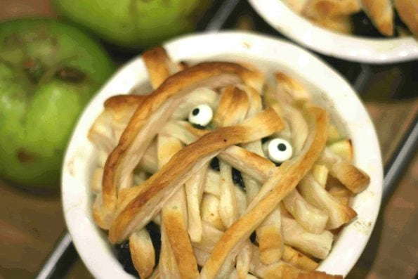 Halloween apple pie mummies