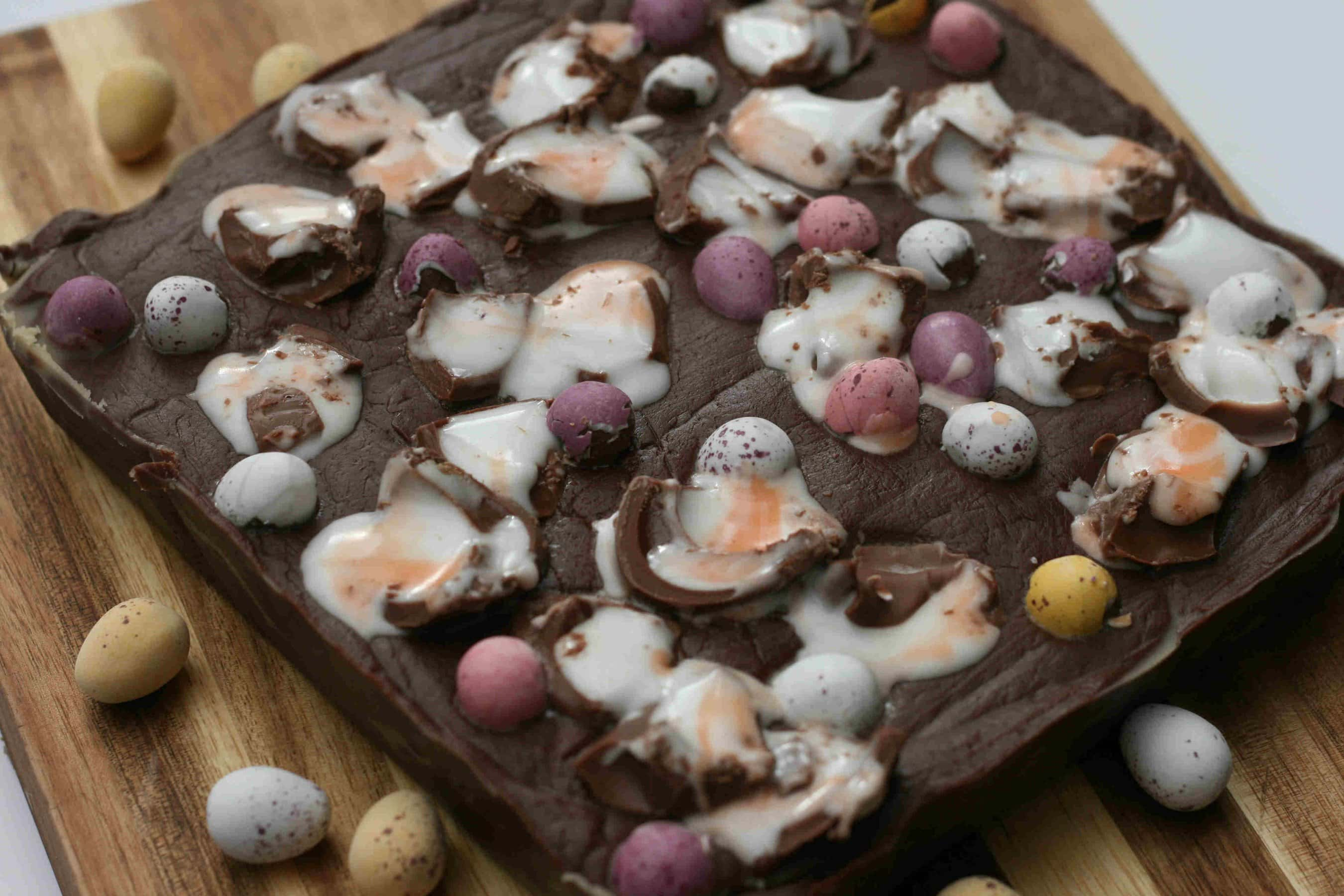 Easter fudge