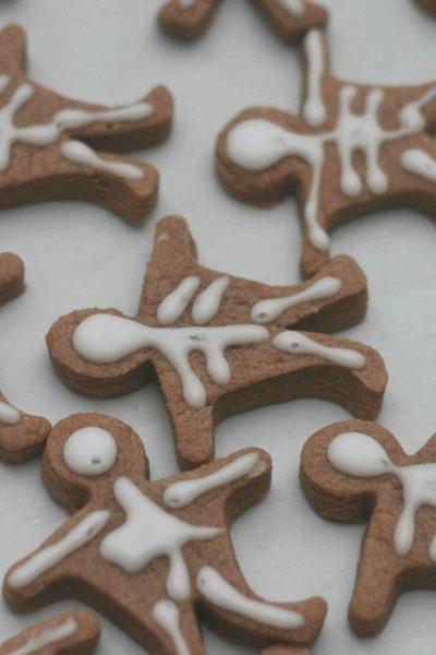 halloween skeleton biscuits