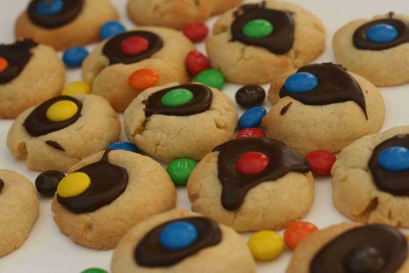 chocolate thumbprint biscuits