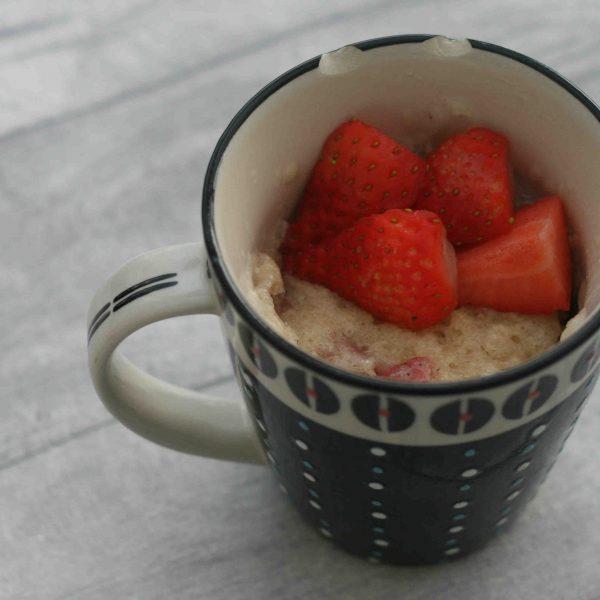 strawberry mug cake