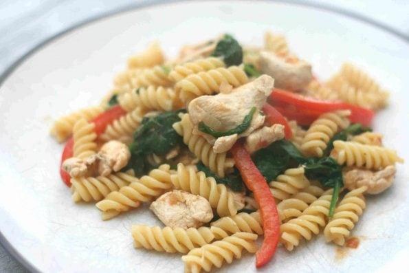 chicken and red pesto pasta 3