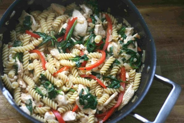 chicken and red pesto pasta 7