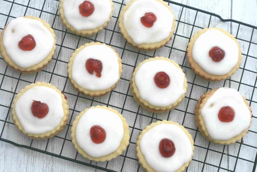 empire biscuit recipe
