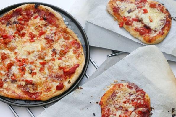 Kids homemade pizzas