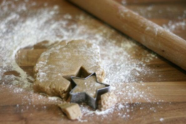 Cutting out Lebkuchen cookies
