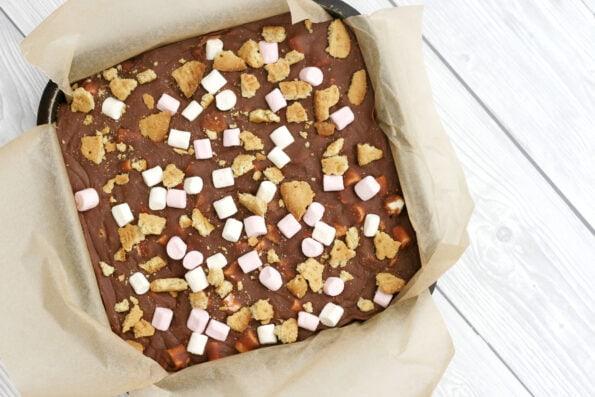 rocky road fudge setting in a baking tin